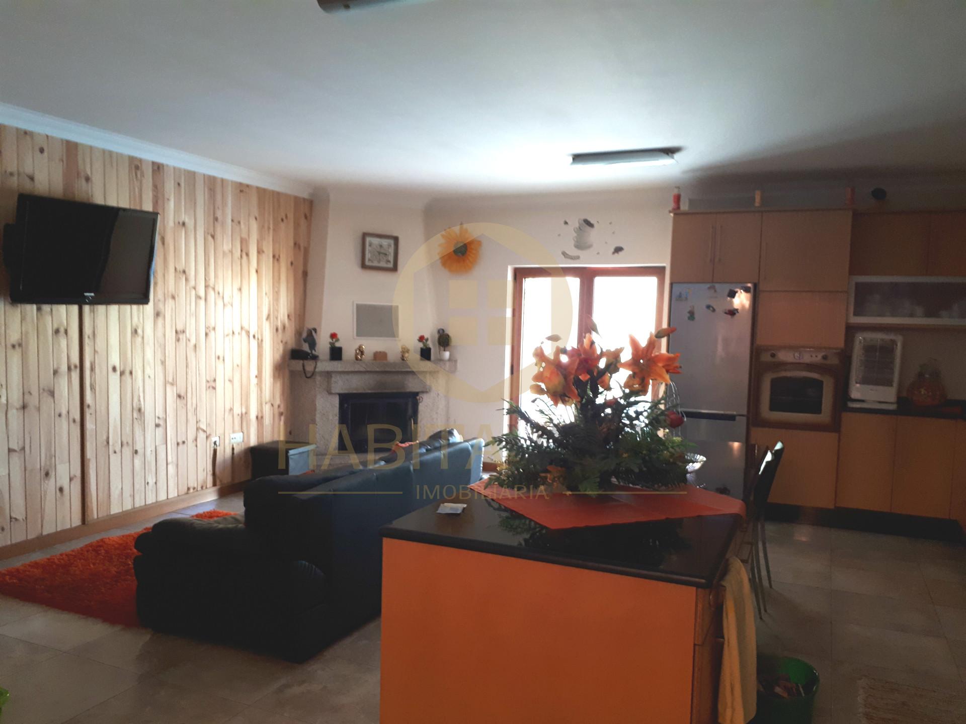 Einfamilienhaus 4 Schlafzimmer Viseu Viseu Verkaufen 345 000